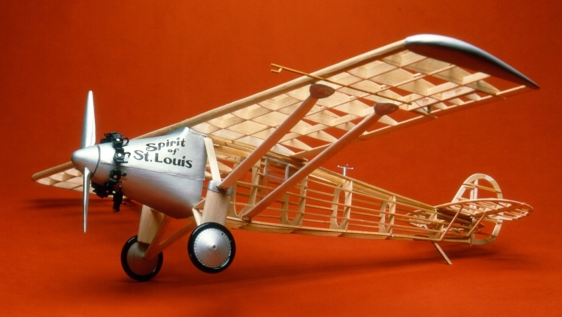Spirit of St. Louis (807) 876mm